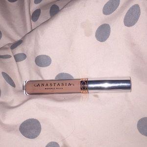 Anastasia Beverly Hills lip stick